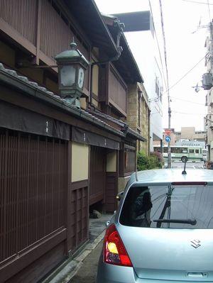 2011_05030199